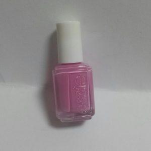 ピンクは難しい!essieポリッシュ